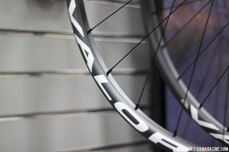 Stan's NoTubes newest mountain bike wheelset is their carbon Valor. © Andrew Reimann