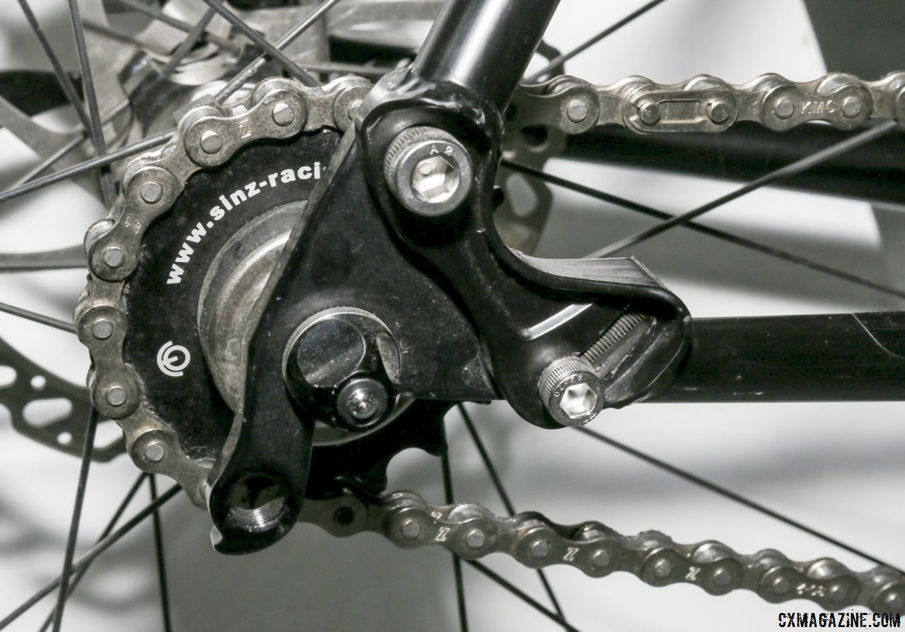 a-pivoting-dropout-on-the-crusade-allows-riders-to-tension-the-chain-for-singlespeed-use-cyclocross-magazine