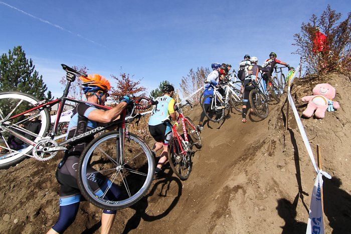The familiar course at Deschutes Brewery provided plenty of challenges. © Pat Malach