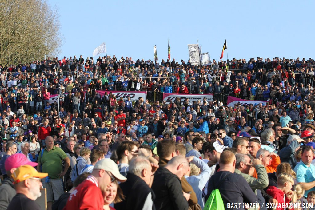 the-crowds-at-the-koppenberg-were-as-thick-as-ever-bart-hazen-cyclocross-magazine