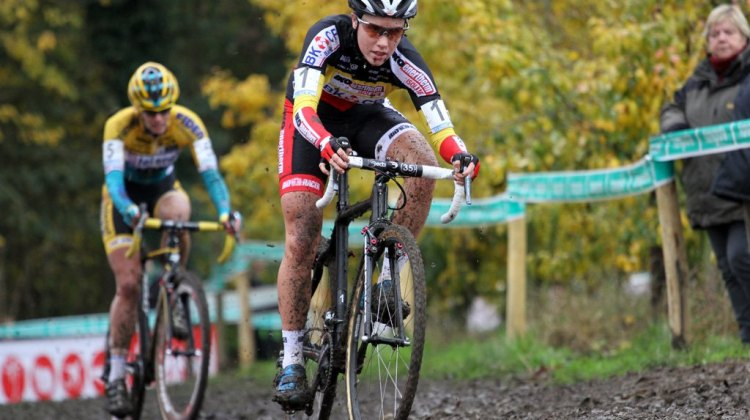 Sanne Cant, back to her old form, but a late crash might impact the next few weeks. © Bart Hazen