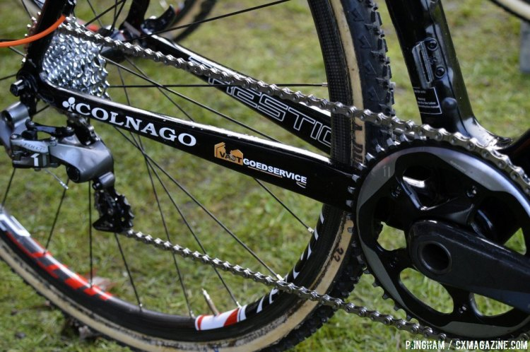 Peeters' Colnago utilizes SRAM's CX1 system, with a 44t front chainring: impressive considering the technical conditions and elevation of Milton Keynes. © Philip Ingham / Cyclocross Magazine