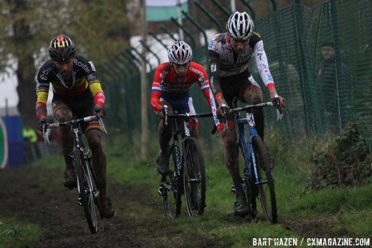 Lars van der Haar and Sven Nys were both within striking distance for much of the race, but it was the veteran's chasing that led him to the podium. © Bart Hazen