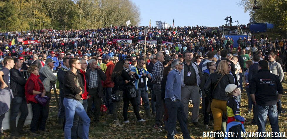 as-always-the-crowds-were-thick-at-the-2014-koppenbergcross-bart-hazen-cyclocross-magazine