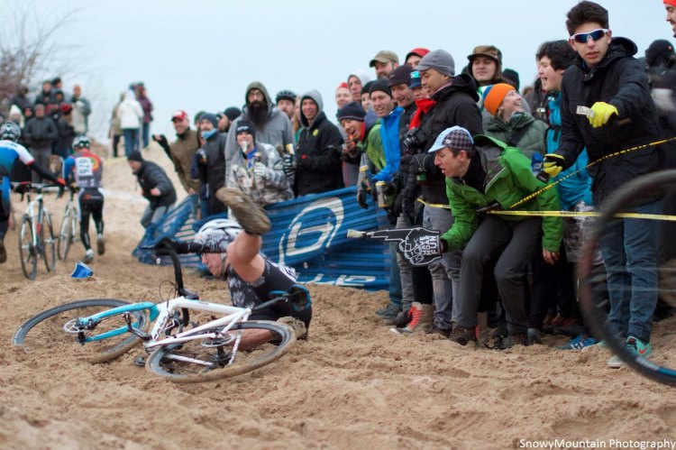 """The lively crowd """"had moar fun"""" as they watched Cat 4/5 riders """"navigate"""" the sand. © SnowyMountian Photography"""
