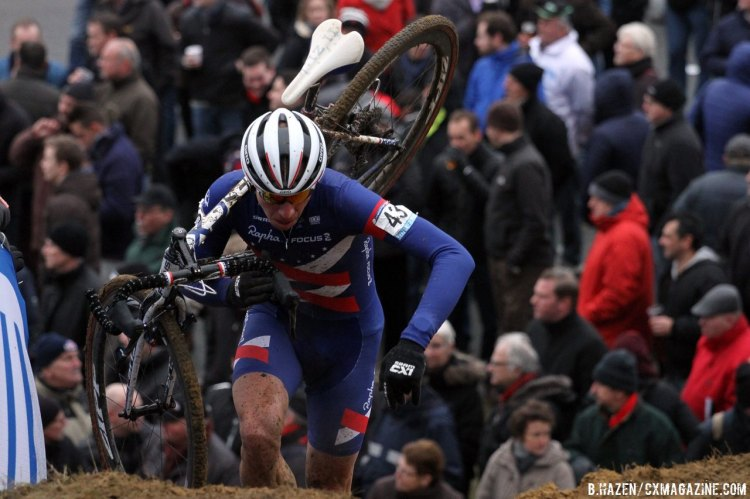 Powers had a strong start, and finished with a respectable top-20 © Bart Hazen/Cyclocross Magazine