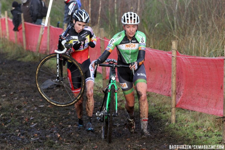 Cant and De Boer took turns at the front, with De Boer taking the win. © Bart Hazen/Cyclocross Magazine