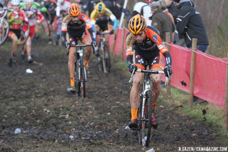 The course at Essen included plenty of running and mud-flinging. © Bart Hazen/Cyclocross Magazine
