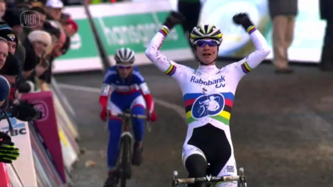 Vos celebrates an early win, clearly honing her skills at Superprestige Diegem. Photo taken from Vier/UCI footage