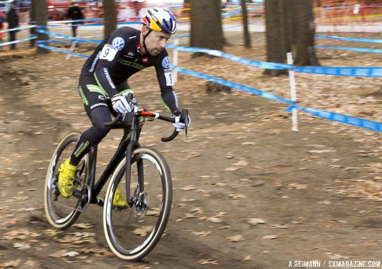Cannondale's prototype thru axle SuperX spotted at NBX in Warwick. © Andrew Reimann / Cyclocross Magazine