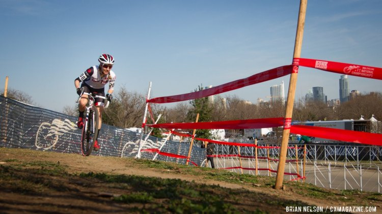 Maureen Bruno-Roy established an early lead in the Women's Single Speed Race. © Brian Nelson / Cyclocross Magazine