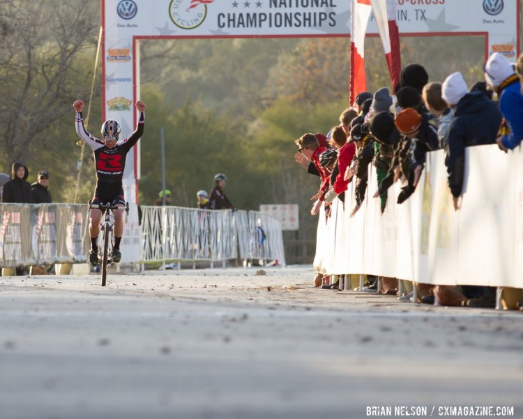 Justin Lindine (Team Redline) takes the win in the Men's Singlespeed Championship. © Brian Nelson