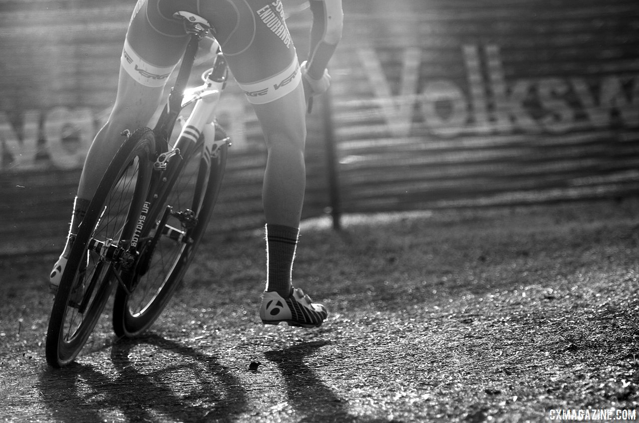 the-racing-was-competitive-in-the-over-150-rider-field-at-singlespeed-nationals-cyclocross-magazine