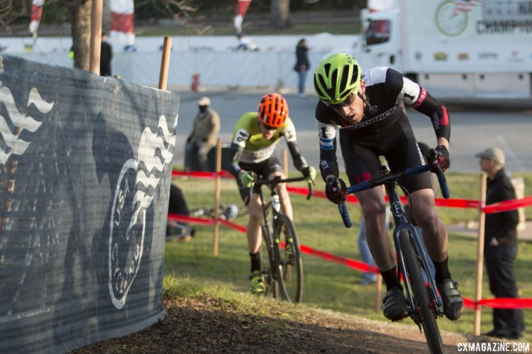 Neff and Allen in the final laps of the Single Speed Nationals. © Cyclocross Magazine