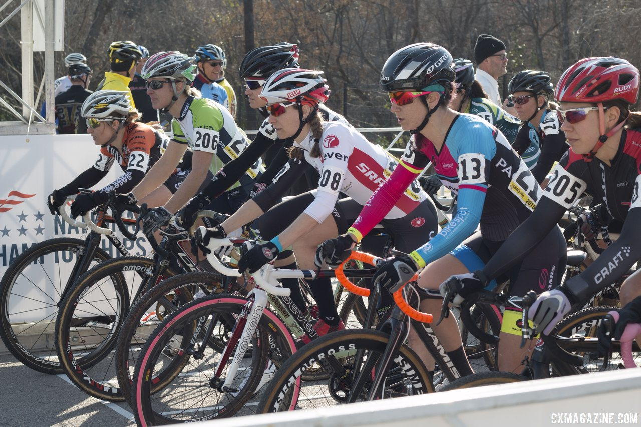 the-women-were-poised-at-the-start-for-the-singlespeed-race-cyclocross-magazine