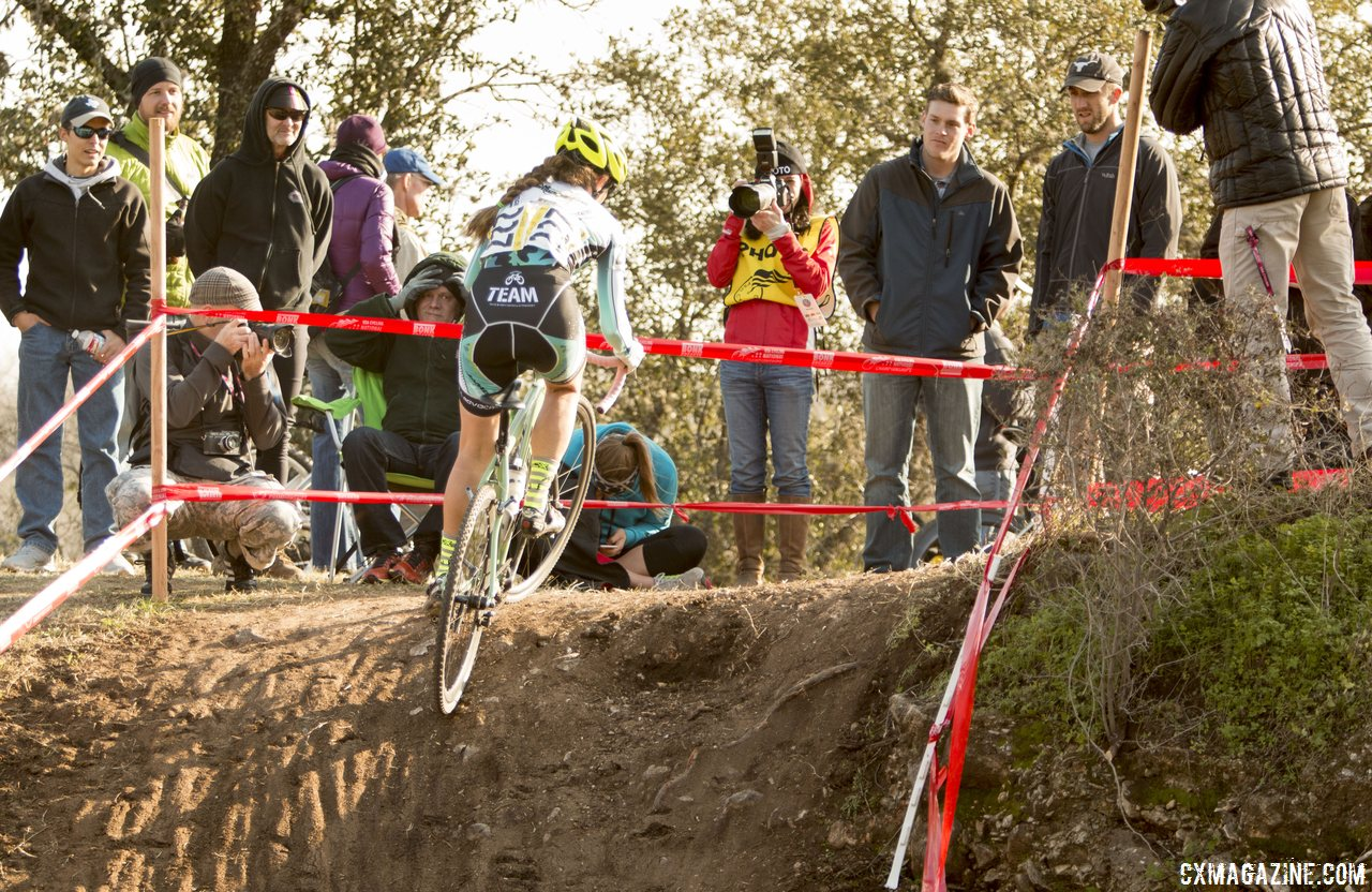 the-course-offered-a-few-punchy-climbs-that-made-singlespeed-racing-difficult-cyclocross-magazine
