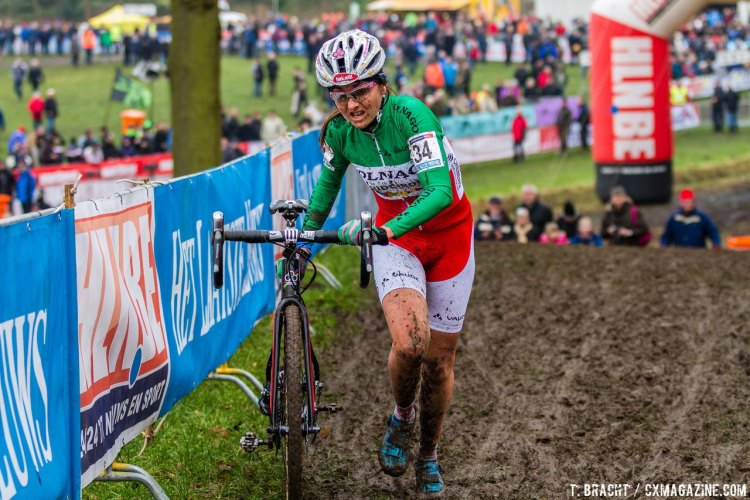 Eva Lechner took an early lead and stayed away for a great World Cup win at Hoogerheide. © Thomas van Bracht / Cyclocross Magazine