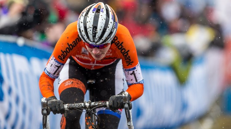 Marianne Vos' streak of gold medals and rainbow jerseys came to an end, but she continued her podium run and fought off her hamstring injury to finish third. 2015 World Championships, Tabor. © Matthew Lasala / Cyclocross Magazine