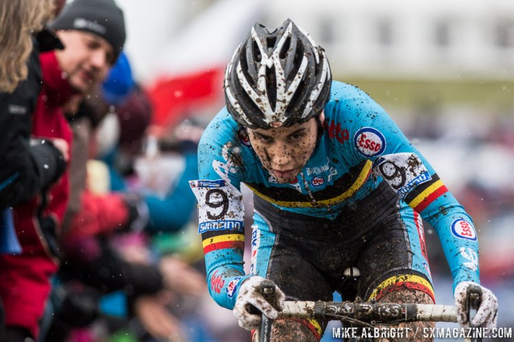 Sanne Cant battled furiously down to the wire. Elite Women - 2015 Cyclocross World Championships © Mike Albright / Cyclocross Magazine