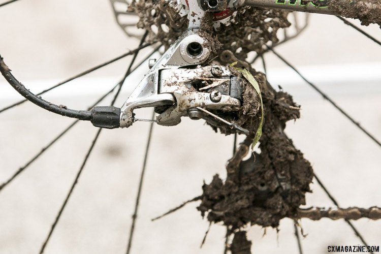 The SRAM Red rear derailleur got plenty of mud action in the Junior Race. © Cyclocross Magazine