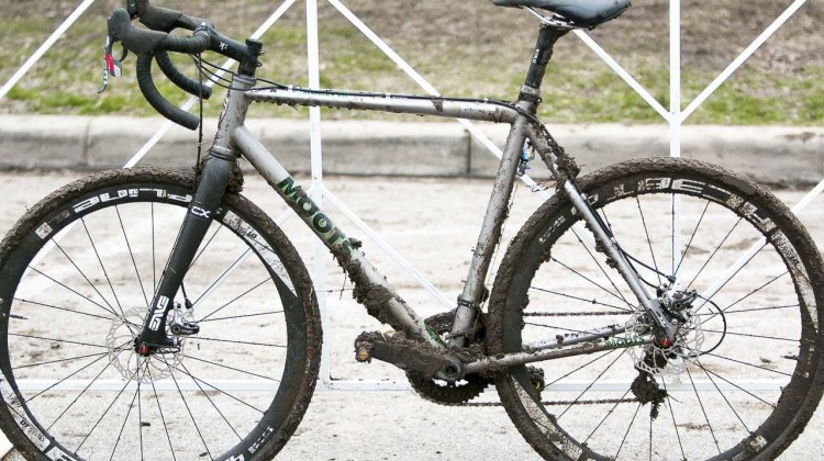 From the drive side or non-drive side, Gage Hecht's Moots PhychloX RSL was caked with layers of mud in Austin on its way to first place in the 17-18 Junior Race. © Cyclocross Magazine