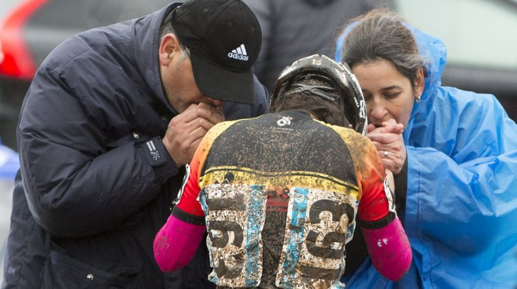 Cold hands or not, cyclocross is a family affair, even at the 2015 USA Cycling Cyclocross National Championships. © Cyclocross Magazine
