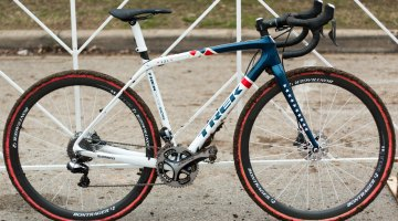 Katie Compton's 2015 National Championship-winning Trek Boone cyclocross bike fresh with Zilker Park mud. © Cyclocross Magazine