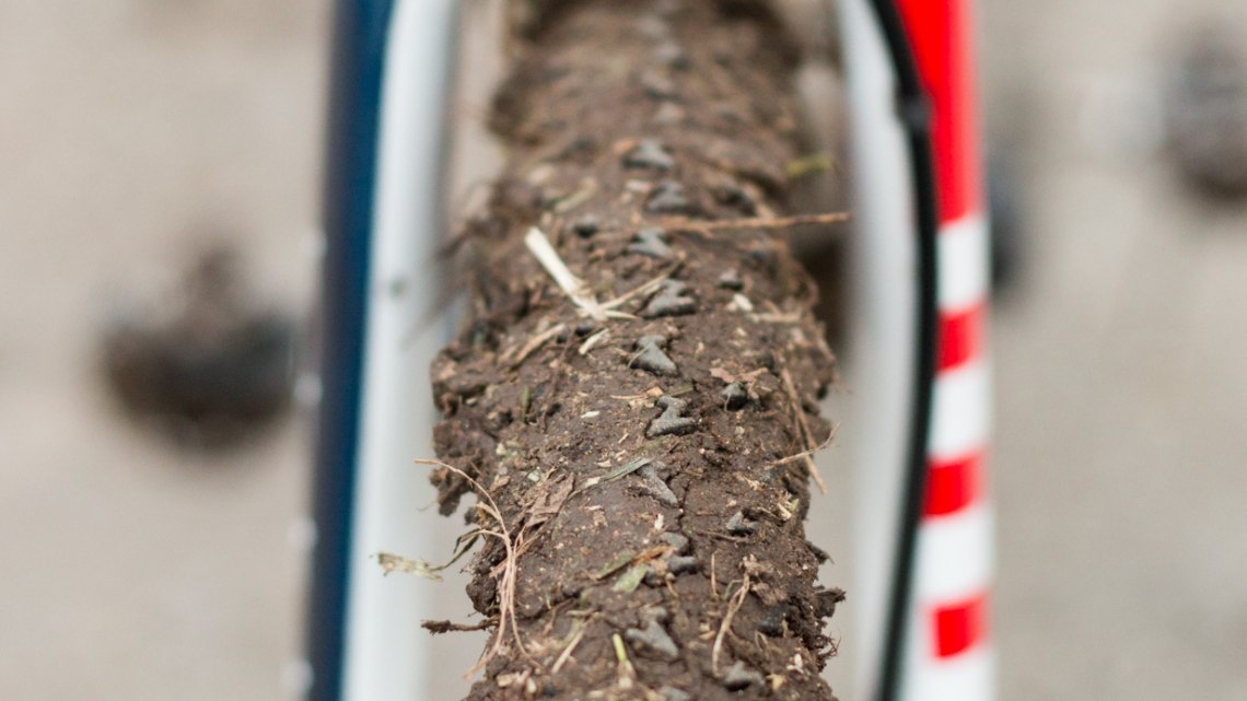 Finally, Compton's favorite FMB Elite tubulars, easily recognizable by the pink sidewall, with the FMB Super Mud tread, are mounted to Bontrager Aeolus3 carbon rims. © Cyclocross Magazine