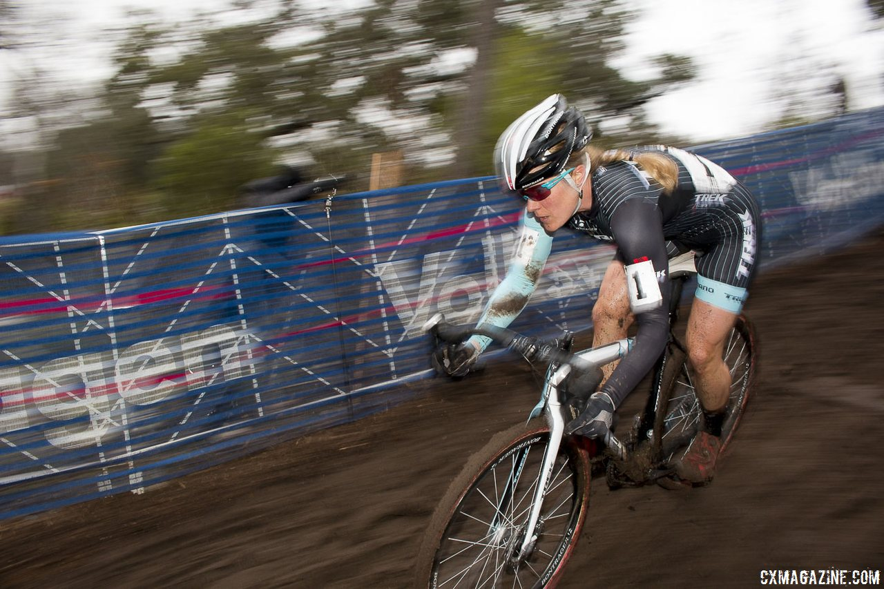compton-riding-on-her-way-to-an-11th-win-cyclocross-magazine