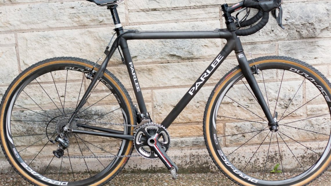 Phillip Bannister's race winning Parlee CX cyclocross bike blends modern materials and components with a hit of classic style. © Cyclocrosss Magazine