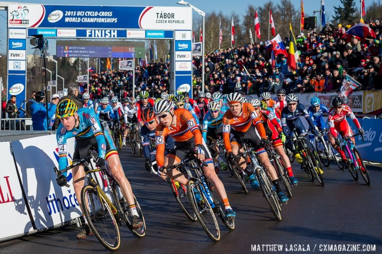 The start of the 2015 U23 Men Cyclocross World Championships. © Matthew Lasala / Cyclocross Magazine