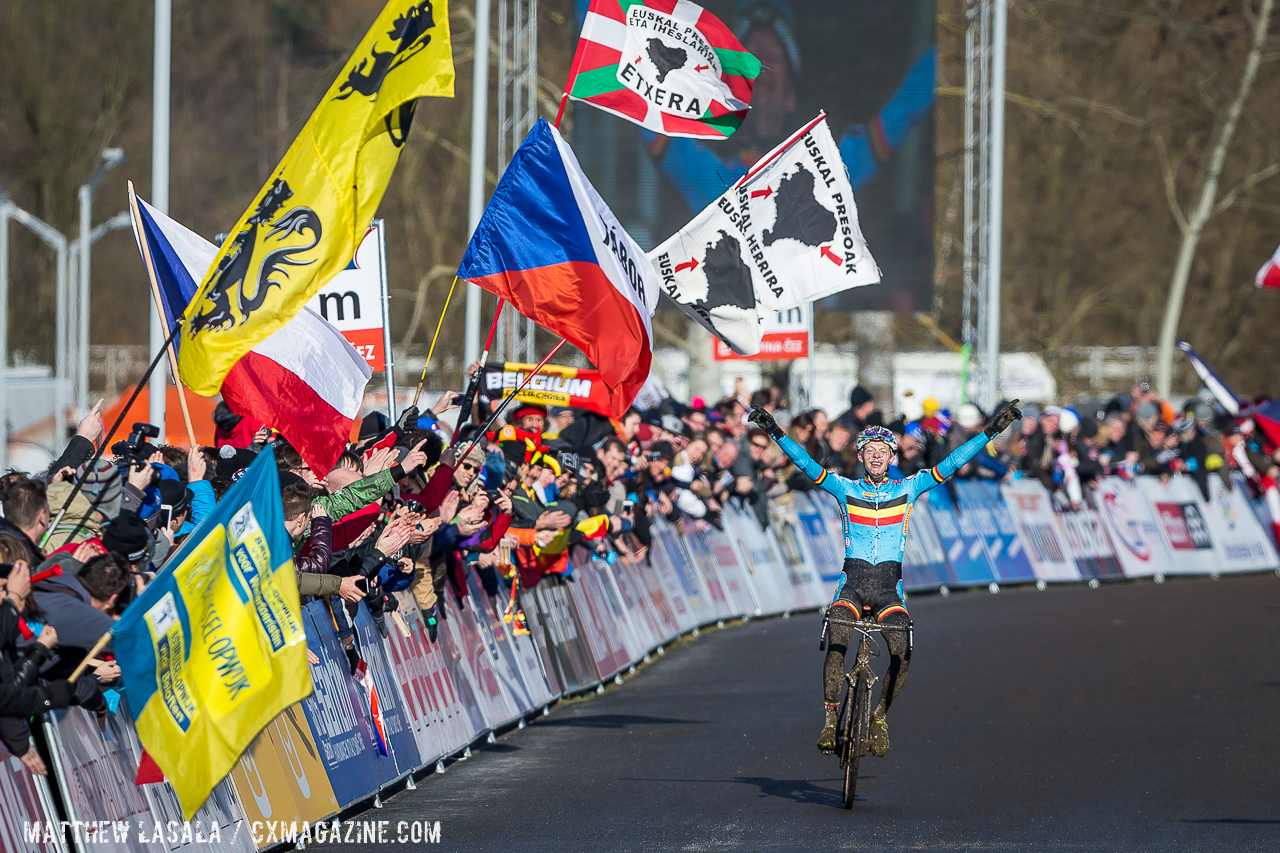 vanthourenhout-finished-second-behind-wout-van-aert-in-2014-and-went-clear-for-the-win-at-the-2015-u23-men-cyclocross-world-championships-matthew-lasala-cyclocross-magazine