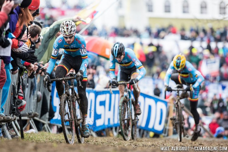 Pauwels leads van Aert and Meeusen in the chase of the Dutch duo. © Mike Albright / Cyclocross Magazine