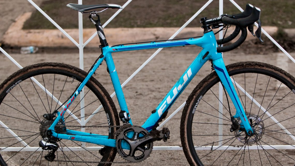 Page's frames use Fuji's highest level of carbon, labelled C 10, and although in the past he raced cantilever versions, this new version, the Altamira CX 1.1 Disc, has the updated color scheme and graphics, and is equipped with the best offerings from Page's longtime sponsors Shimano and Enve Composites. © Cyclocross Magazine