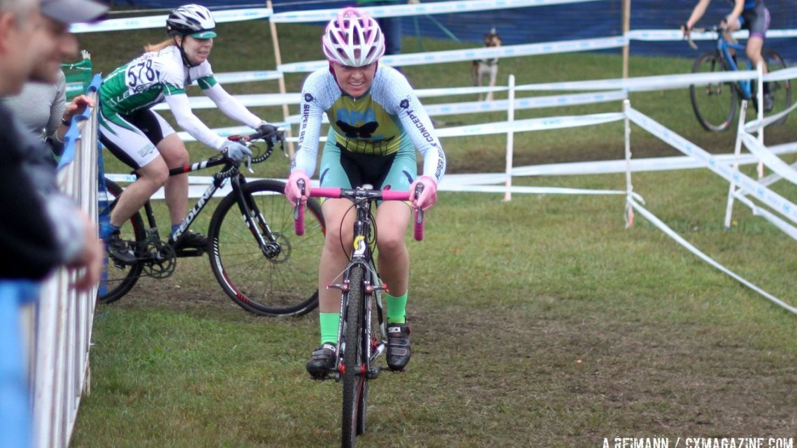 Freiberg finding her legs on the straights, but already dialed in the corners. © Cyclocross Magazine