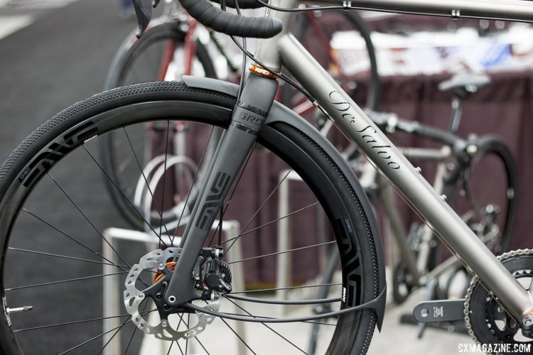 DeSalvo Custom Cycles' gravel bike with the prototype ENVE GRD gravel fork. NAHBS 2015. © Cyclocross Magazine