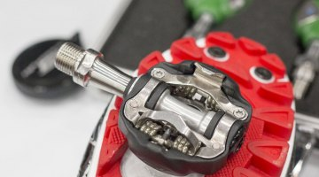 The Speedplay Syzr pedal system at NAHBS 2015. © Cyclocross Magazine