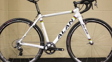 The Alan Cross Max Race is a carbon monocoque frameset, and is a rare frameset for canti lovers. Velo Sport Imports will be importing the legendary Alan cyclocross bikes for this season. NAHBS 2015. © Cyclocross Magazine