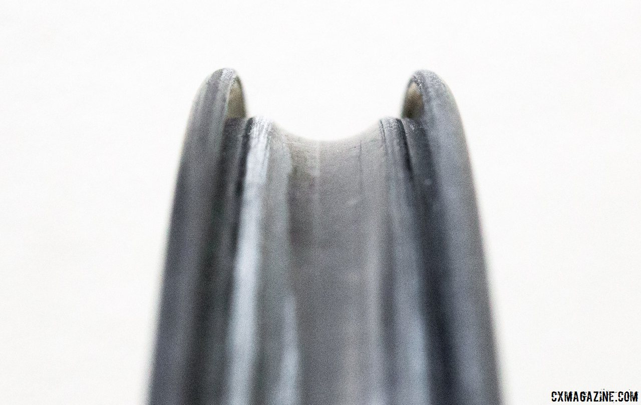 the-easton-ec90-sl-carbon-tubeless-rim-is-19mm-wide-internal-and-38mm-deep-cyclocross-magazine