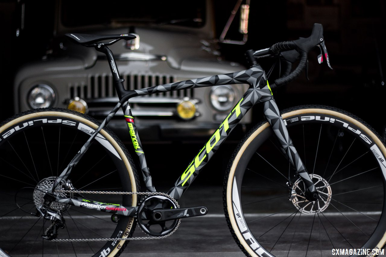 The Scott Addict CX 2016 prototype, complete with SRAM Force 1 and Dugast Rhino tubulars