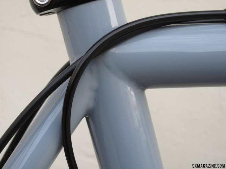 The Wraith has full length cable housing that runs along the top tube. © Cyclocross Magazine
