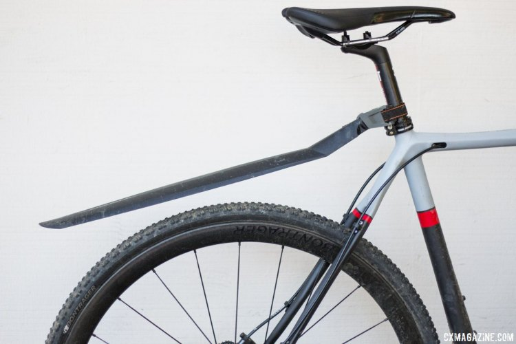 The SKS XTRA DRY XL fender is plenty long, and the angle is easily adusted with an Allen key. Shown on a 56cm cx bike. Bikes with a lower top tube will benefit from more coverage. © Cyclocross Magazine