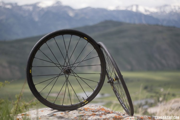 Mavic's new Ksyrium road line's newest offering that will be most exciting to our readers is the Pro Disc Allroad wheelset. © Cyclocross Magazine