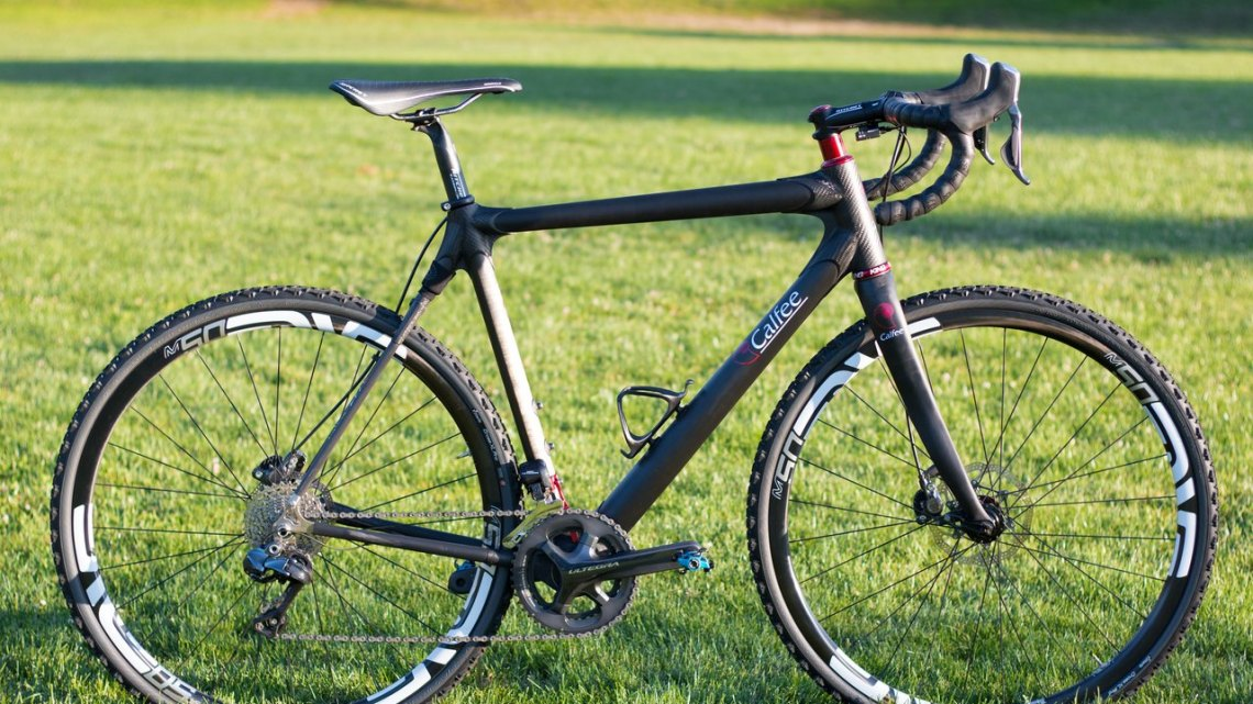 Cyclocross Magazine gets an exclusive first look and first ride on the brand new Calfee Manta CX soft tail. © Cyclocross Magazine