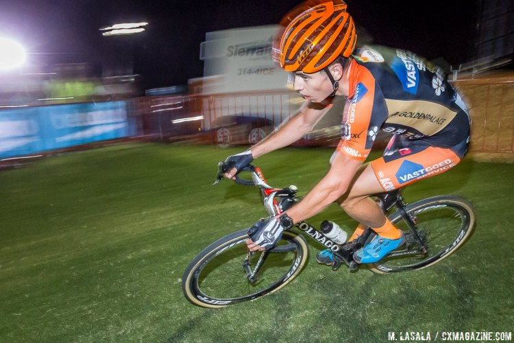 Wout van Aert excelled after the counter-attack by Nys. © Matthew Lasala / Cyclocross Magazine