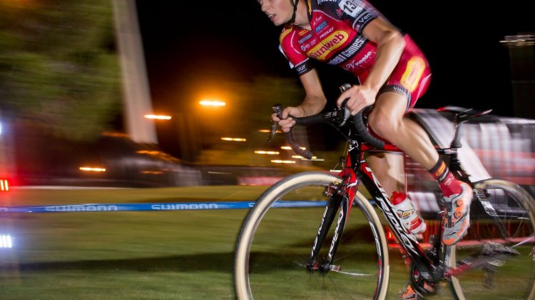 Vantornout led the charge halfway through the race, impacting the pace at the World Cup in CrossVegas. © Cyclocross Magazine