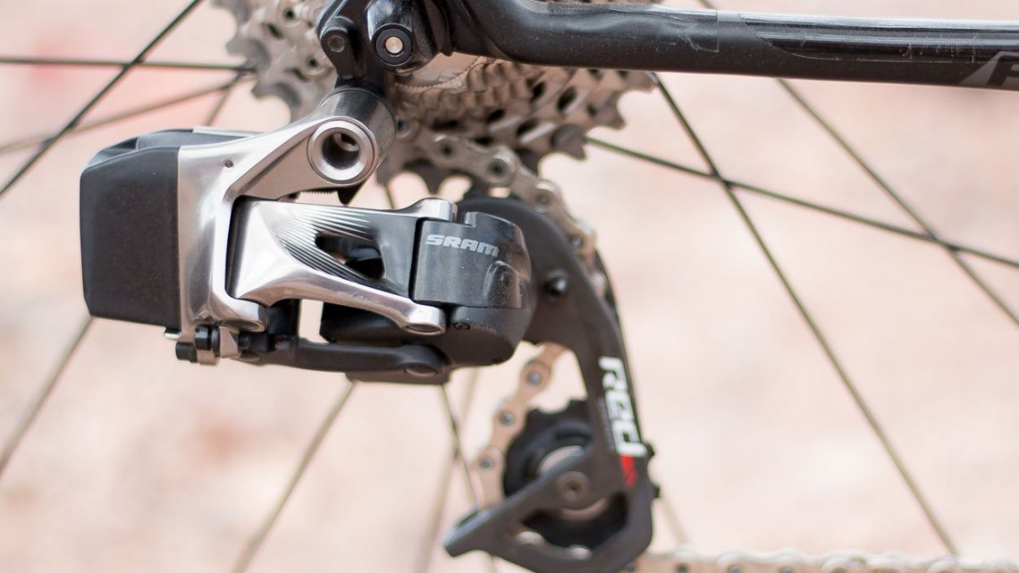 The SRAM RED eTAP electronic / wireless drivetrain shares the same type of battery with the front derailleur, and controls all the pairing. Short cage only, max 28t for now. © Cyclocross Magazine