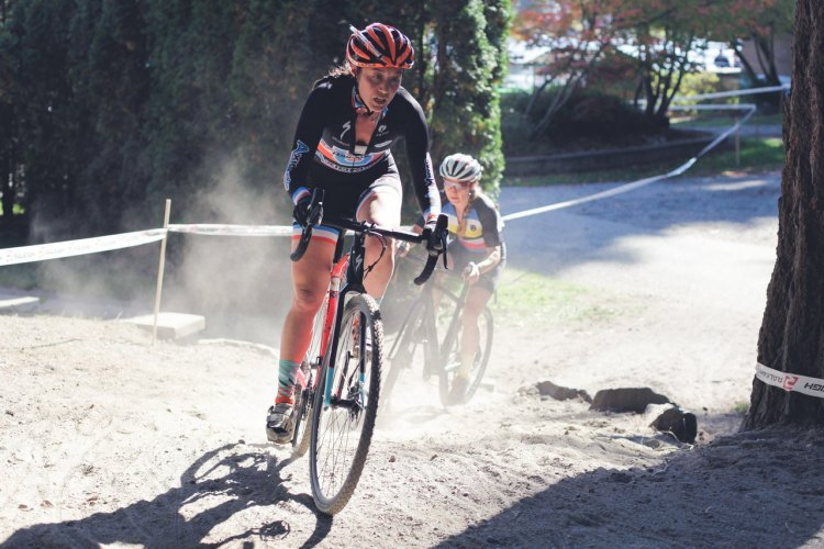 Kristen Kelsey (Axiom HVAC/Cycle U) leads Fleicher (Ten Speed Hero) out of the first sand pit. Photo by Derek Blagg