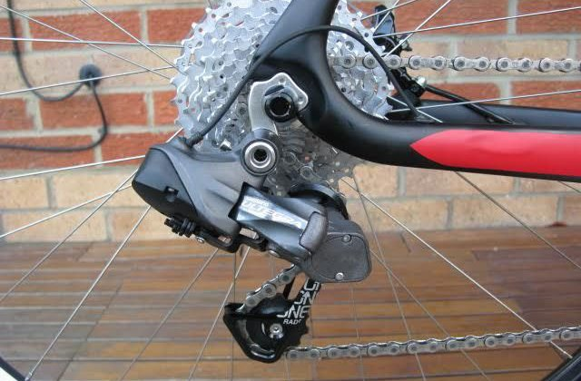 Paul Townsend's modified Ultegra Di2 derailleur with 3D CAD designed knuckle and RADR cage providing a clutch mechanism for the electronic component.