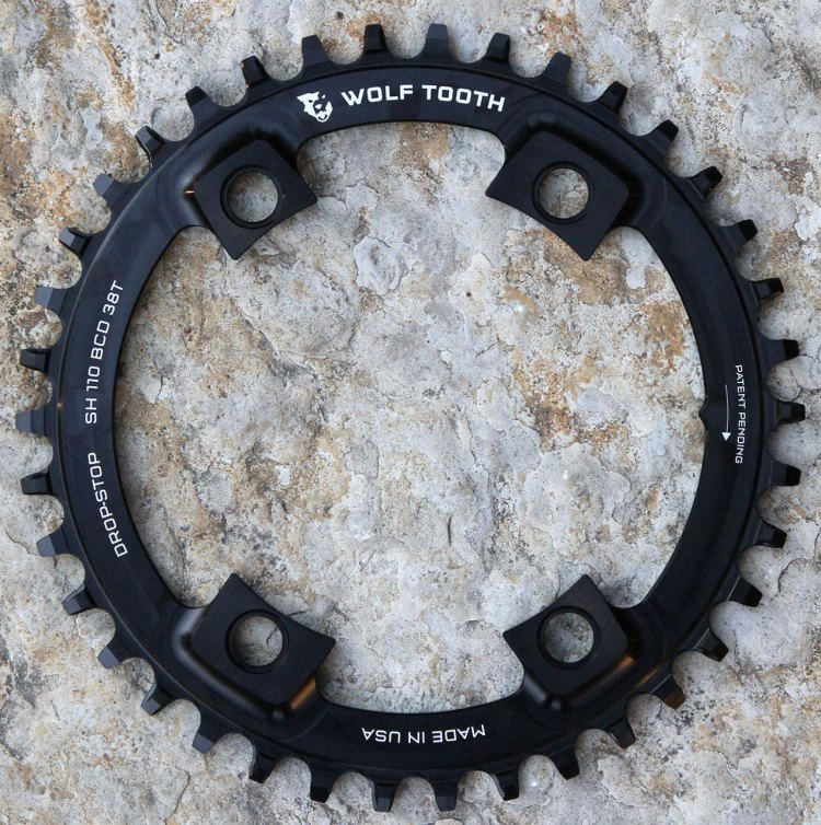 Machined from hard-wearing 7075-T6 aluminum, the 110BCD Asymmetric 4-Bolt chainrings take advantage of Wolf Tooth's patent-pending Drop-Stop® tooth profile for unrivaled chain retention and mud shedding.